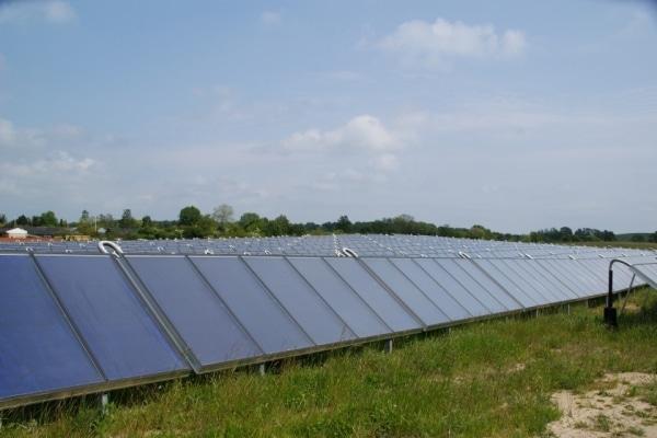Appel à projet de l'ADEME pour chauffer les serres avec des panneaux solaires thermiques